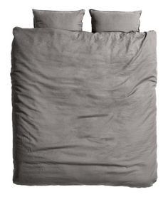 Dark gray. PREMIUM QUALITY. King/queen duvet cover set in washed linen with double-stitched seams at edges. Duvet cover fastens at foot end with concealed
