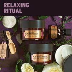 The Body Shop, Body Shop At Home, Skin Care Regimen, Skin Care Tips, Body Shop Skincare, Body Shop Products, Small Pimples, Get Rid Of Blackheads, Massage Oil