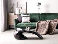 Het innovatieve design van de ELATUS salontafel zal zeker iedere woonruimte verbeteren. De tafel is vervaardigd van synthetisch materiaal versterkt met glasvezel. Dankzij het glanzend vernis is het oppervlak makkelijk schoon te houden. Stijlvolle, witte lijnen passen perfect bij de verrassende vorm. Ben jij nog op zoek naar een salontafel die echt in het oog springt? #salontafel #woonkamer #design #modern #inspiration Coffee Table Video, X Coffee Table, Living Spaces, Living Room, Black Table, Recliner, Bookshelves, Contemporary Design, Love Seat