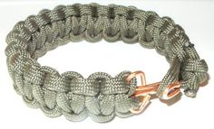Don't Eat the Paste: Paracord Bracelet with a handmade copper clasp #jewelrymaking