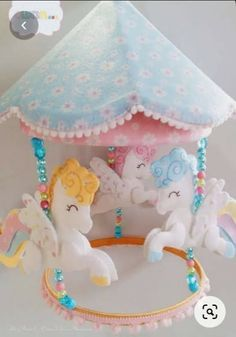 Felt Doll Patterns, Felt Crafts Patterns, Stuffed Toys Patterns, Handmade Baby Gifts, Handmade Toys, Diy Crafts Love, Felt Quiet Books, Felt Decorations, Felt Fabric