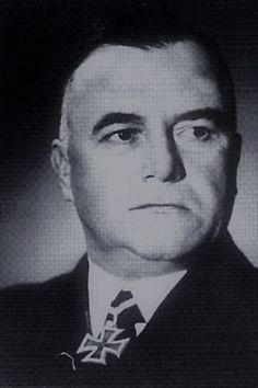 """Konteradmiral Robert Eyssen (1892-1960), Kommandant Hilfskreuzer """"Komet"""" (HSK 7), Ritterkreuz 29.11.1941"""