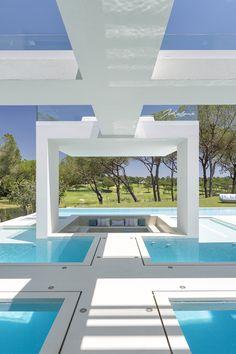 Architecture Jutta Hoehn - Quinta do Lago Golf Leste 19 Study Architecture, Contemporary Architecture, Amazing Architecture, Contemporary Design, Interesting Buildings, Beautiful Buildings, Beautiful Places, Eclectic Artwork, Eco Garden