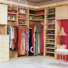 """closet organization--When my kiddos are grown and the one bedroom becomes """"available"""" I'm so turning it into a dressing room.  Love, love....."""