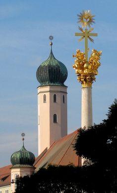 Dreifaltigkeitssäule Trinity Column in Straubing, Lower Bavaria, Germany