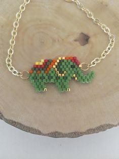 Beaded Earrings Patterns, Seed Bead Patterns, Beading Patterns, Seed Bead Projects, Beading Projects, Brick Stitch Earrings, Crochet Bracelet, Beaded Animals, Wire Crafts