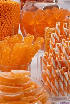 If your favorite color is orange, this post is for you! If your favorite color is not orange, you& wrong. Candy Table, Dessert Table, Orange Candy Buffet, Orange Dessert, Blue Candy, Rock Candy, Halloween Chic, Halloween Candy, Halloween Clothes