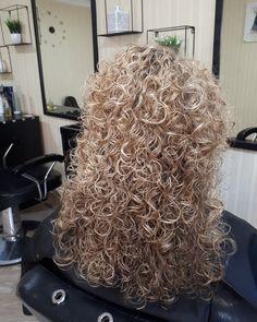 Perms, Permed Hairstyles, Dreadlocks, Long Hair Styles, Beauty, Women, Perm Hairstyles, Hair Perms, Long Hairstyle