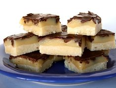 Desserts recipes for when you need an easy dessert fast! Easy dessert recipes that include cookies, cakes, cheesecake, brownies, candy and more. Brownie Recipes, My Recipes, Baking Recipes, Cookie Recipes, Dessert Recipes, Favorite Recipes, Family Recipes, Dessert Salads, Recipies