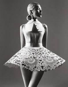"´*•.¸(*•.¸♥¸.•*´)¸.•*´¸.•*(¸.•*´♥`*•.¸)`*•. ♥Fashion »♥ ´*•is ♥«´¨`•°..ART..°•´¨`.¸(*•.¸♥¸.•*´)¸.•*´¸.•*(¸.•*´♥`*•.¸)`*•. danslemondedemissga:  ""Paper Sculpture""  Danni Li by Trunk Xu for Harper's Bazaar China ( May 2012)"