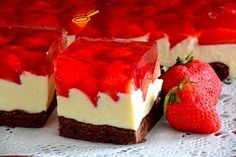 cake preparation with milk cream and strawberry jelly Cake Preparation, Romanian Food, Sweets Cake, Mini Cheesecakes, Nutella, Homemade Cakes, Mini Cakes, Cake Cookies, Sweet Tooth