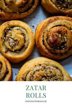 Zatar-Rolls oder auch Zatar-Schnecken sind ein Fingerfood-Highlight für jede Party oder ein leckerer Snack für Zwischendurch. Das Rezept bekommst du hier. Zatar Recipes, Paleo Recipes, Cooking Recipes, Fusion Food, Arabian Food, Gluten Free Snacks, Snacks Für Party, International Recipes, Recipe Using
