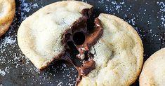 Křehké máslové sušenky s čokoládovou náplní