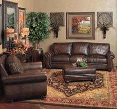 Living room style! Love!! reminds me of a former tenant's living room! Very cozy! Living Room Sofa, Living Room Decor Leather Couches, Red Leather Couches, Tuscan Living Rooms, Home Living Room, Shabby Chic Vintage, Brown Furniture, Brown Living Room Furniture, Fine Furniture