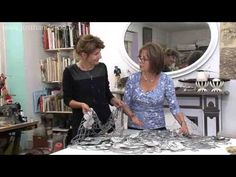 Having trained as a fashion designer and having designs accepted by many of the major worldwide fashion houses, Karen now loves to turn her talents to textil. Fiber Art Quilts, Textile Fiber Art, Textile Artists, Contemporary Embroidery, Modern Embroidery, Art And Craft Videos, Workspace Inspiration, Textiles, Create And Craft