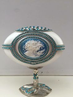 Egg Crafts, Faberge Eggs, Egg Art, Egg Decorating, Easter Eggs, Origami, Projects To Try, Jewels, Decoration
