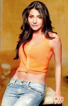 Beautiful Bollywood actress Anushka Sharma