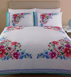 Discover thousands of images about floral bedding Luxury Bed Sheets, Luxury Bedding, Linen Bedroom, Bedroom Decor, Bed Sheet Painting Design, Bed Cover Design, Floral Bedspread, Mexican Home Decor, Embroidered Bedding