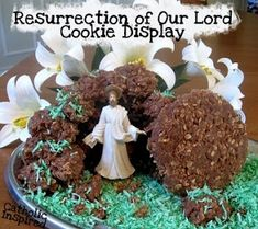 Resurrection Cookie Display! {Fun Food for Easter} - Catholic Inspired