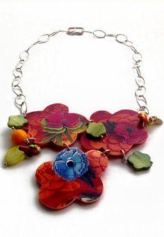 Collana multicolor primavera / estate, un mix di materiali e tecniche; Pezzo unico