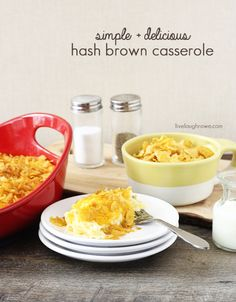 The perfect breakfast dish for Christmas morning!! Creamy Hash Brown Casserole with livelaughrowe.com