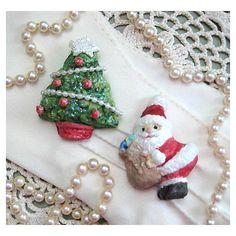 Santa Pin Santa Brooch Pin Santa Jewelry Santa Claus Jewelry Santa... ($7.95) via Polyvore featuring jewelry, brooches, christmas jewelry, christmas brooches, pin jewelry and pin brooch
