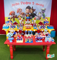 Candy bar de paw patrol - Celebrat : Home of Celebration, Events to Celebrate, Wishes, Gifts ideas and more ! Paw Patrol Cake, Paw Patrol Party, 3rd Birthday Parties, Boy Birthday, Paw Patrol Birthday Decorations, Cumple Paw Patrol, Partys, Baby Party, Industrial Kids Decor