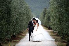 #sposi #bride #groom #weddingwine #weddingelbastyle #wine #food #winecellars #farm #weddingsintuscany #eventsintuscany #isoletoscane #matrimoniodialtritempi #arcipelagotoscano #cerimonie #cerimonieisoladelba #isoladelba #cerimonies #elbaisland #tuscanybuzz #discoverelba #discovertuscany #madeinelba #madeintuscany #weddingdestination #eventdestination #fotografia #matrimonio #reportage #fotoartistiche #weddingphotography #photograpgher #servizipermatrimoni #weddingservices