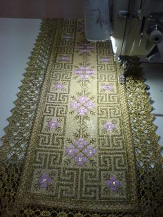 Gallery.ru / Φωτογραφία # 42 - 6 - Kento Palestinian Embroidery, Beaded Embroidery, Cross Stitch Patterns, Projects To Try, Tapestry, Diy Crafts, Fabrics, Decor, Indian Embroidery