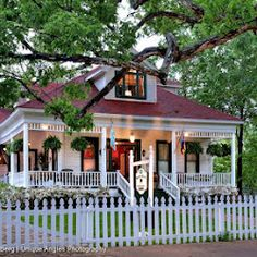 White Oak Manor bed and breakfast Jefferson Texas - Google+ - Cast your vote and you are automatically entered to win a…