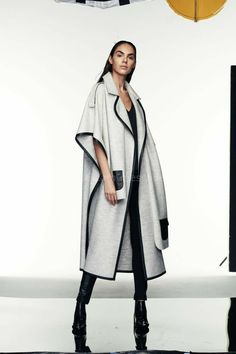 Abaya Fashion, Fashion Outfits, Womens Fashion, Fashion Trends, Winter Coats Women, Coats For Women, Iranian Women Fashion, Designs For Dresses, Fashion Sewing