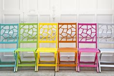Chairs to Spare - Outdoor Entertaining Accessories on HGTV Outdoor Spaces, Outdoor Chairs, Outdoor Living, Outdoor Decor, Outdoor Fun, Do It Yourself Upcycling, Design Blogs, Design Ideas, Colorful Chairs