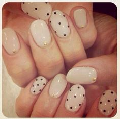Simple Nail Art Designs to keep your nails looking elegant and stylish in 2 simple steps. - more about make up and nail art : www. Gorgeous Nails, Love Nails, Fun Nails, Pretty Nails, Easy Nails, Easy Nail Art, Simple Nails, Dot Nail Art, Polka Dot Nails