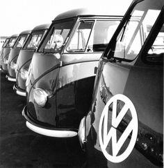 Peter Keetman, aus der Serie Volkswagenwerk 1953, mit freundlicher Genehmigung von Volkswagen Financial Services AG