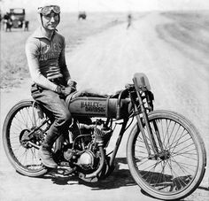 Fred Ludlow was a top board track motorcycle racer of the 1910s who made the transition to the dirt track. Vintage Harley-Davidson
