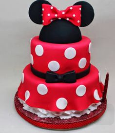 Minnie Mouse Cake A Twist On The Princess Cake I Tried