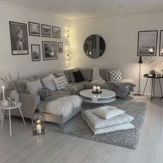 Dark Living Rooms, Elegant Living Room, Dark Grey Sofa Living Room Ideas, Living Room Decor Colors Grey, Modern Small Living Room, Small Living Room Designs, Narrow Living Room, Grey Room, Grey Livingroom Decor