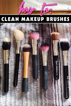 how to clean makeup brushes. Seriously everyone needs to clean their makeup brushes because they build up bacteria. All Things Beauty, Beauty Make Up, Diy Beauty, Beauty Hacks, Beauty Tips, Beauty Stuff, Eye Makeup, Kiss Makeup, Hair Makeup