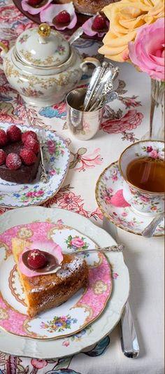 Afternoon Tea | A taste of Summer Tea~ | Pinterest)