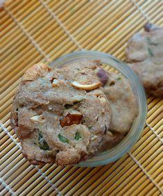 Cookies d'épeautre aux noix variées, quinoa et herbes fraîches