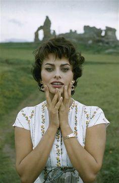 Sophia Loren reveals the simple secret behind her timeless beauty