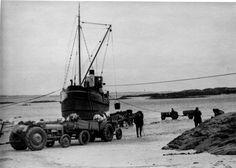 Puffer 'Anzac' at Caolas. Port an t-Sruthain 1950s