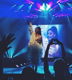 Ariana grande ✨ #dwtour #arianagrande #cute