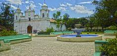Honduras: Ojojona y sus atractivos turisticos San Juan de Ojojona es un municipio del departamento de Francisco Morazán en Honduras. Ojojona cuenta con servicio de transporte en un horario de 4:30 a.m. a 5:30 p.m. Ojojona-Tegucigalpa. y de 6:20 a.m. a 7:30 p.m. Tegucigalpa. – Ojojona. Los Usuarios de las Rutas de Ojojona - Santa Ana - Tegucigalpa y viceversa. Cuenta con un servicio de transporte interno de mototaxi http://www.radiohrn.hn/l/noticias/ojojona-y-sus-atractivos-turisticos | Radio…