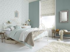 Bright bedroom ideas bright and cheerful bedroom ideas bird garden duck egg bedroom blinds fro shabby Blinds And Curtains Living Room, Bedroom Blinds, House Blinds, Home Bedroom, Master Bedroom, Bedroom Decor, Blinds Curtains, Roman Blinds, Fabric Blinds