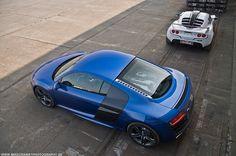 Audi R8 V10 , Lotus Exige 260CUP