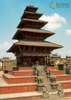 Built it 1702 A.D., Nyatapola Pagoda is a 5-story pagoda at Taumadhi Square in Bhaktapur, Kathmandu Valley, Nepal.  #Nepal #BuddhaTravel