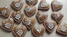 Xmas Cookies, Valentine Cookies, Iced Cookies, Cute Cookies, Cookies Et Biscuits, Cupcake Cookies, Gingerbread Decorations, Christmas Gingerbread, Gingerbread Cookies