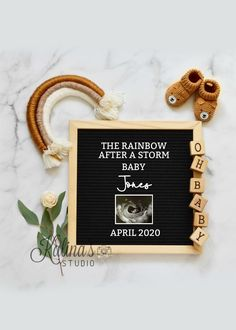 Pregnancy Announcement Template, Valentines Pregnancy Announcement, Rainbow Baby Announcement, Baby Announcement To Husband, Cute Baby Announcements, Baby Announcement Pictures, Pregnancy Announcement Photos, Sibling Pregnancy Reveal, Family Photos With Baby