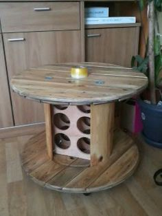 table basse bar en touret tony pinterest wooden. Black Bedroom Furniture Sets. Home Design Ideas